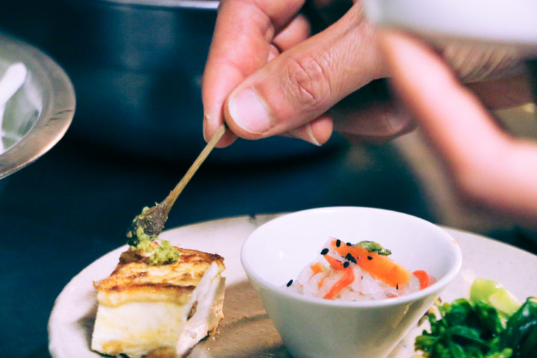 自然食レストラン「郷乃恵」の料理