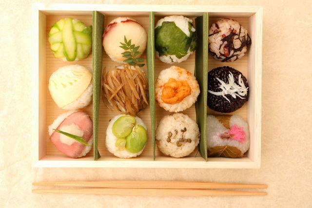 新緑の手まり寿司弁当