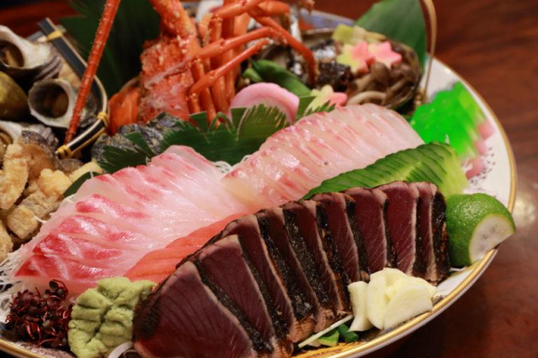 Discovering Local Cuisine Keeping the Okyaku Culture Alive — Kochi Prefecture