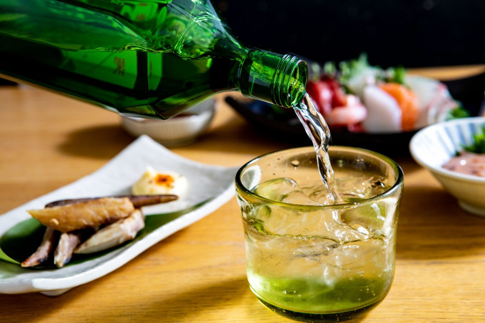 まだ世界が知らない蒸留酒、東京の島酒