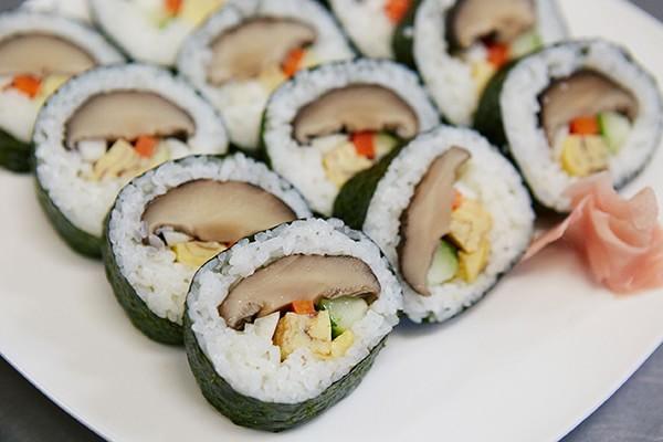 原木どんこ寿司写真
