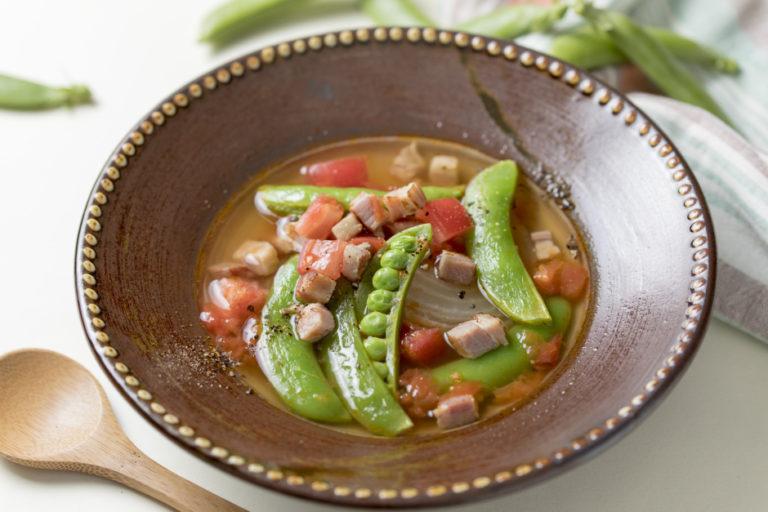 Snap Garden Pea Onion Soup