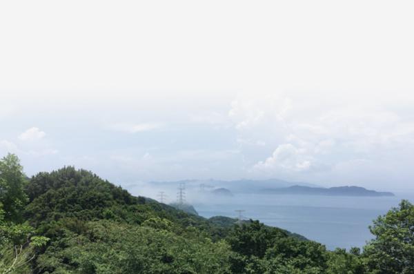 兵庫県粟石間