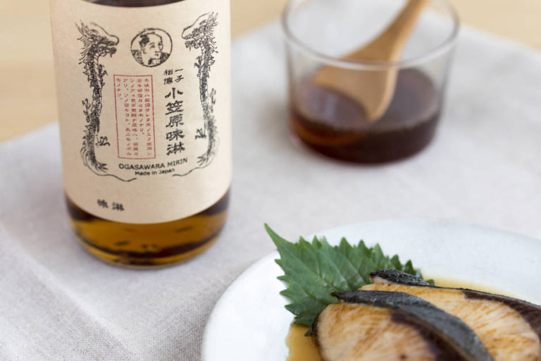 Aged Namazume Mirin (Live Bottled Mirin) with the Rich Fragrance of Shochu