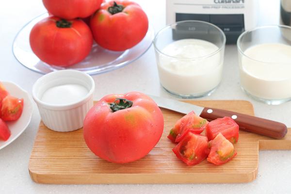 トマトとヨーグルト