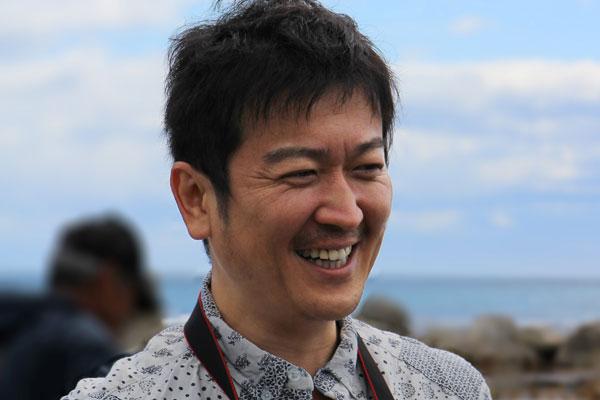 語る高橋博之さん写真