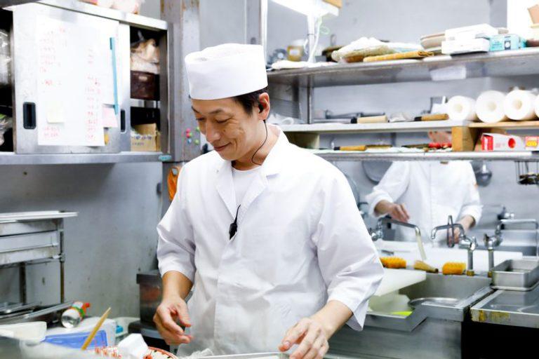 越前蟹の坊の料理長伊藤俊明さん