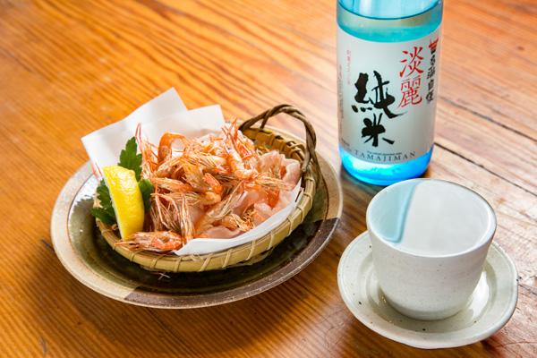 「多満自慢 淡麗純米酒」+川海老の素揚げ