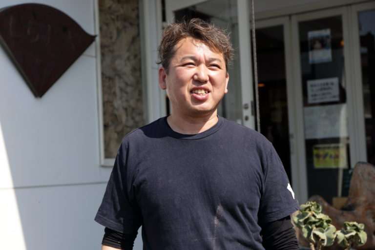 しらすやの店主 柴田勝明さん