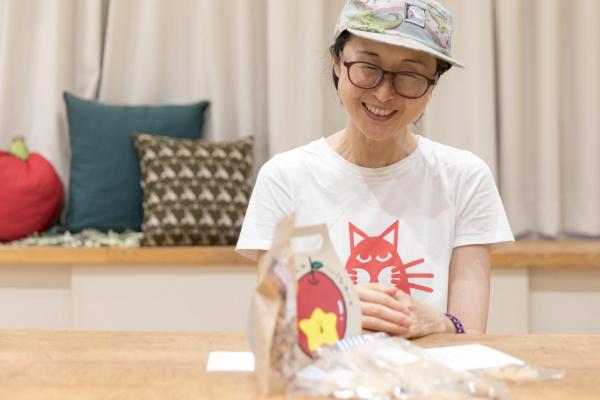お菓子のマド鈴木洋子さん